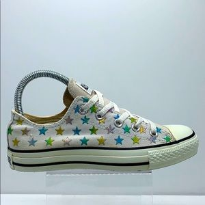 Women's Converse canvas low tops with stars
